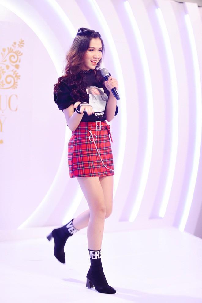 Chiêm ngưỡng nhan sắc ngọt ngào của cô gái kế vị Hương Giang đi thi Hoa hậu Chuyển giới Quốc tế 2019 - Ảnh 4.