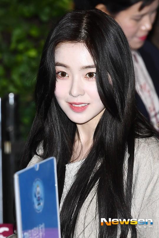 Nữ thần Irene đẹp xuất thần nhưng spotlight lại thuộc về Taeyeon chân dài khó tin và Dara đẹp đỉnh cao - Ảnh 3.