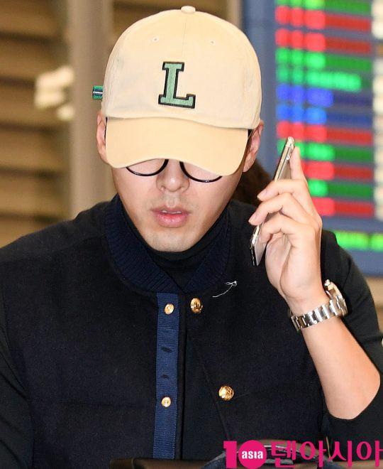 Hyun Bin đã về Hàn, Son Ye Jin còn ở lại Mỹ du lịch mà vẫn bị soi đeo đồng đôi? - ảnh 5