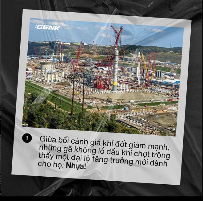 Nhựa viên nguyên sinh: Thảm họa môi trường mới khi những gã khổng lồ dầu khí chuyển sang sản xuất nhựa - ảnh 1
