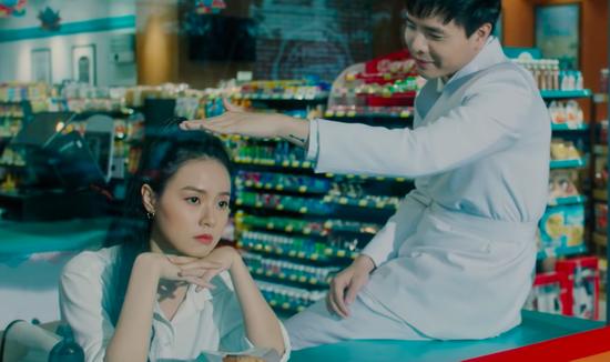 Phim rạp tháng 10: Phim kinh dị Việt rủ nhau lên kệ có quật được loạt bom tấn Hollywood? - ảnh 4