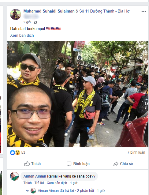 Bỏ ngoài tai lời cảnh báo, fan cuồng Malaysia check in bia hơi Hà Nội, đi lại rầm rộ trên đường phố thủ đô - ảnh 1