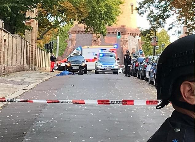 Vụ xả súng tại Đức đã được truyền trực tiếp trên mạng - ảnh 1