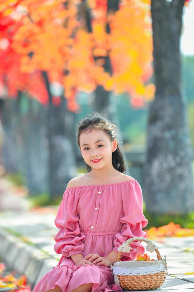 Diễn viên nhí xinh xắn trong Hoa hồng trên ngực trái: Mới 10 tuổi đã góp mặt trong nhiều phim đình đám! - ảnh 6