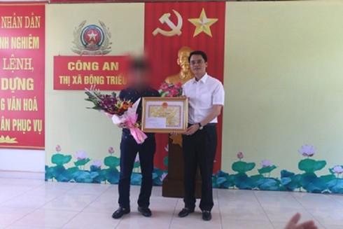 Thưởng 10 triệu đồng cho lái xe húc ngã tên cướp tiệm vàng tại Quảng Ninh - ảnh 1