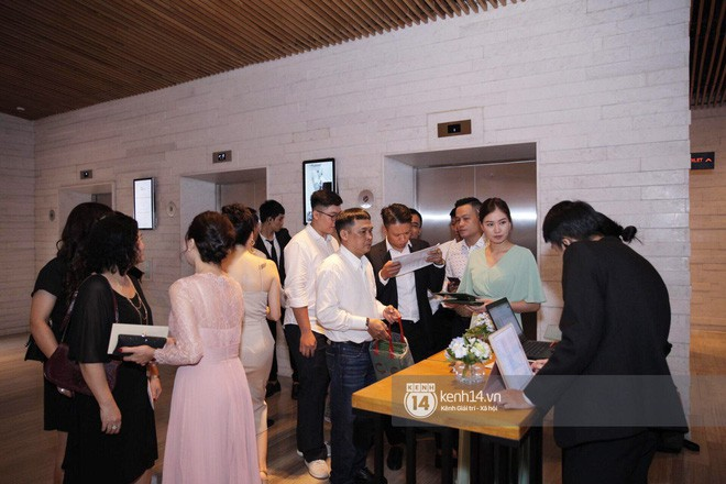 Hồi hộp chờ hôn lễ Đông Nhi - Ông Cao Thắng, điểm lại 5 đám cưới xa hoa nhất Vbiz: Toàn đầu tư tiền tỷ, an ninh thắt chặt tuyệt đối  - Ảnh 18.