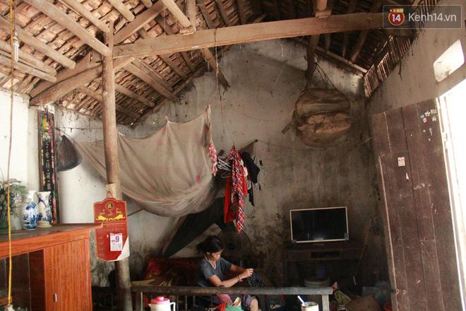 """Xót xa cụ bà 75 tuổi nuôi cả gia đình bị tâm thần và thiểu năng trí tuệ ở Vĩnh Phúc: """"Tôi khuất núi không biết các cháu sẽ ra sao"""" - ảnh 5"""
