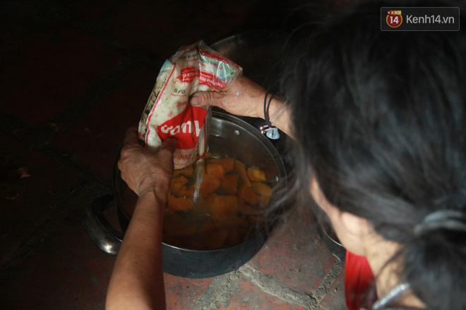 """Xót xa cụ bà 75 tuổi nuôi cả gia đình bị tâm thần và thiểu năng trí tuệ ở Vĩnh Phúc: """"Tôi khuất núi không biết các cháu sẽ ra sao"""" - ảnh 13"""