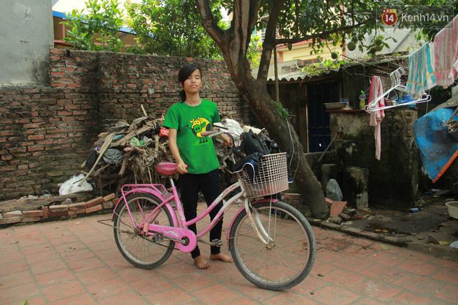 """Xót xa cụ bà 75 tuổi nuôi cả gia đình bị tâm thần và thiểu năng trí tuệ ở Vĩnh Phúc: """"Tôi khuất núi không biết các cháu sẽ ra sao"""" - ảnh 10"""