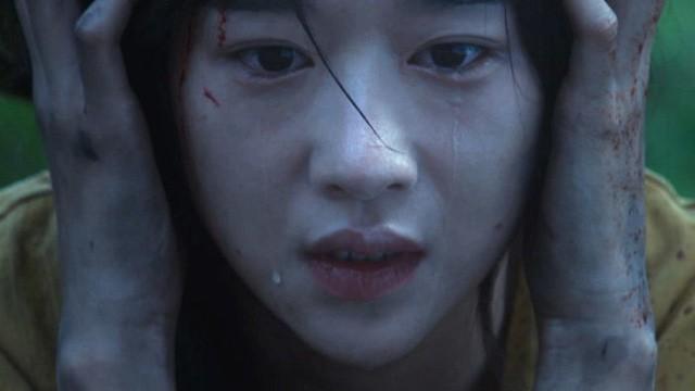 5 lần phim Hàn báo động về căn bệnh trầm cảm: Jo In Sung chìm trong ảo giác, Ji Sung có ý định tự sát - Ảnh 8.