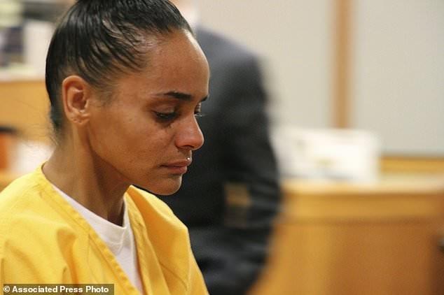 Người phụ nữ phải ngồi tù 60 năm vì thiêu sống bạn trai - ảnh 1