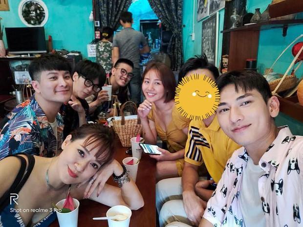 Sau nghi vấn có bạn trai mới, Văn Mai Hương bất ngờ thông báo đã kết hôn? - Ảnh 3.
