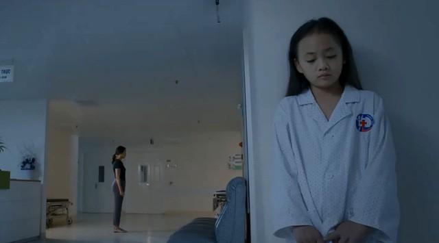 Tài không đợi tuổi như bé Bống (Hoa Hồng Trên Ngực Trái): Con lấy cảm xúc từ những chuyện thường thấy ngoài đời - ảnh 1