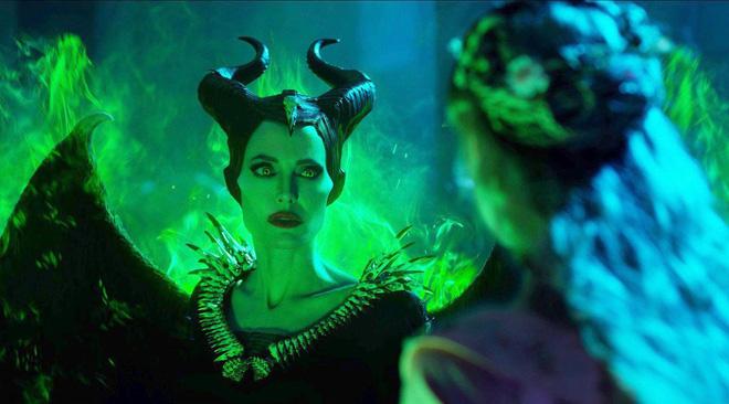 Sự nghiệp diễn xuất của dàn sao Maleficent 2: Từ tỷ phú Hollywood đến crush quốc dân đẹp như tiên giáng trần - Ảnh 2.