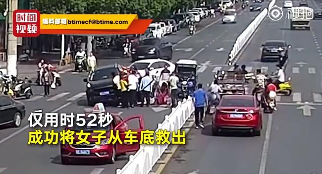 Đoạn video người phụ nữ đi ngược chiều và bị xe tông liên tiếp 2 lần khiến ai cũng hoảng sợ, thái độ cư dân mạng gây phẫn nộ - ảnh 4