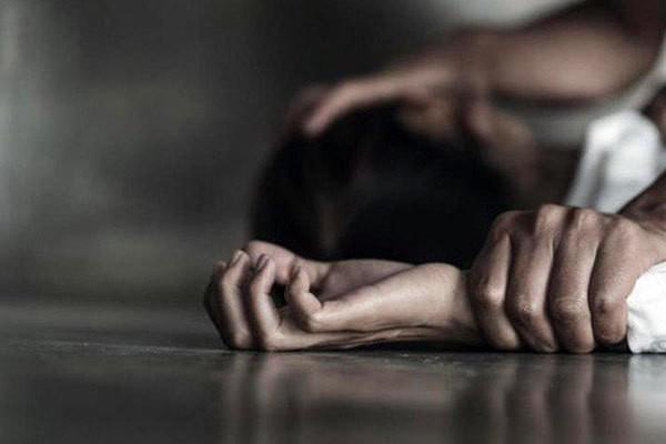 Hà Giang: Công an vào cuộc điều tra nghi án bé gái 12 tuổi bị hàng xóm hiếp dâm nhiều lần - ảnh 1