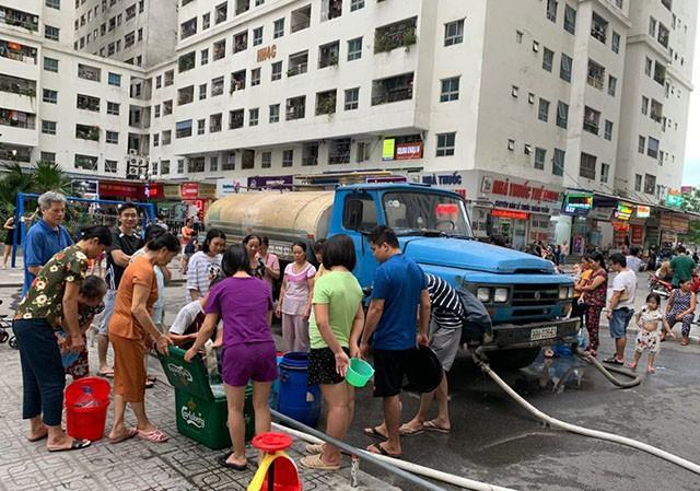 Hội bảo vệ người tiêu dùng: Phải đền bù, miễn tiền nước cả năm cho người dân - ảnh 1