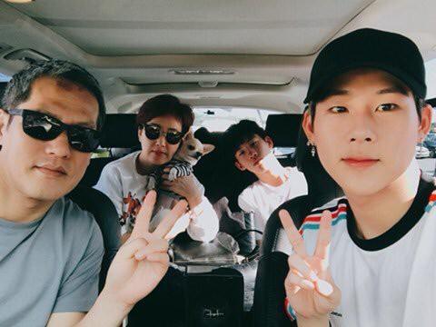 11 idol Kpop là bản sao của bố mẹ: Cha con nhà V (BTS) quá đỉnh, mẹ của mỹ nhân TWICE gây bão vì ảnh hồi trẻ - ảnh 26