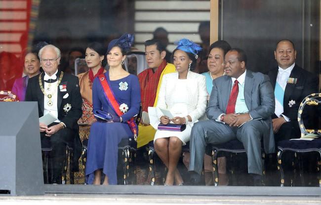 Cộng đồng mạng phát sốt với vẻ đẹp thoát tục không góc chết của Hoàng hậu Bhutan ở Nhật Bản khi tham dự lễ đăng quang - ảnh 6