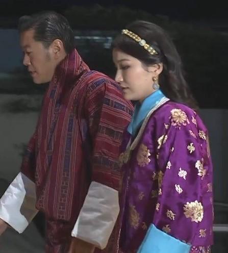 Cộng đồng mạng phát sốt với vẻ đẹp thoát tục không góc chết của Hoàng hậu Bhutan ở Nhật Bản khi tham dự lễ đăng quang - ảnh 8