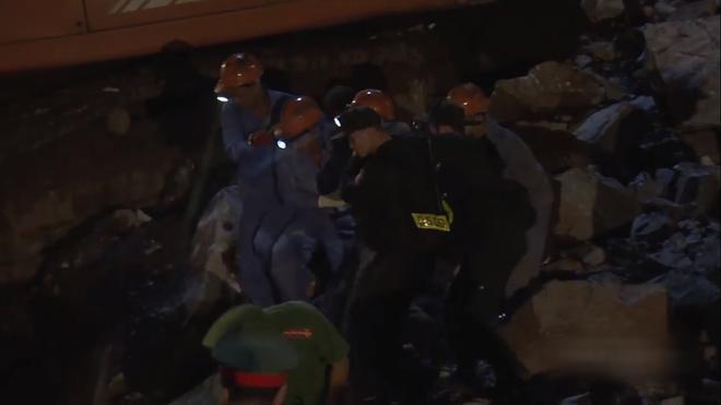 Trailer bom tấn chính luận Sinh Tử: Soobin Việt Anh tái xuất nguy hiểm, Tuesday Quỳnh Nga có tận hai cảnh nóng - ảnh 1