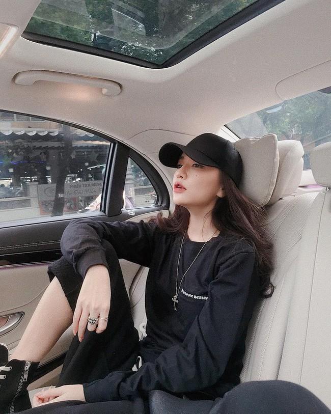 Những lần diện đồ all black của các người đẹp Việt - Hàn: Từ thần thái, nhan sắc đến mix đồ đều đẹp xuất sắc - ảnh 7