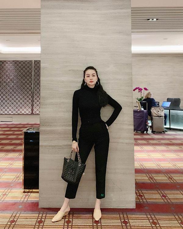 Những lần diện đồ all black của các người đẹp Việt - Hàn: Từ thần thái, nhan sắc đến mix đồ đều đẹp xuất sắc - ảnh 8