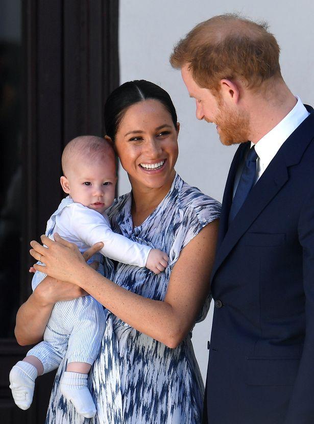 """Nghi vấn hoàng tử Harry và công nương Meghan rời cung điện Windsor trở về """"quê vợ"""" trong nhiều năm tới - ảnh 2"""