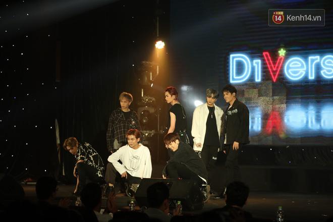 D1Verse cùng fan khóc ngập sân khấu khi đội hình 5 thành viên chính thức được công bố - ảnh 3