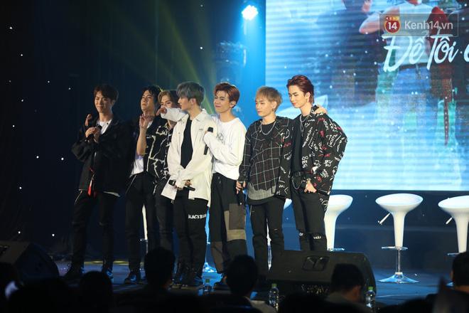 D1Verse cùng fan khóc ngập sân khấu khi đội hình 5 thành viên chính thức được công bố - ảnh 6