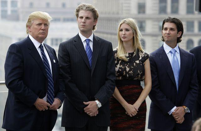 Cách dạy con của loạt tỷ phú nổi tiếng: Người dạy theo kiểu cha truyền con nối, kẻ lại giấu nhẹm chuyện mình giàu có để con tự lực cánh sinh - Ảnh 1.