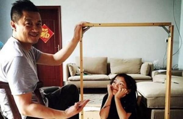 Tranh vẽ năm 7 tuổi của con gái thiên hậu Vương Phi gây sốt khi bán được giá 3 tỷ, tài năng hội hoạ bộc lộ từ bé - ảnh 3