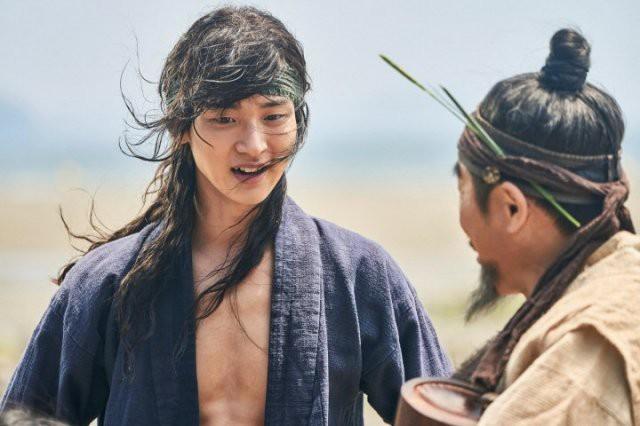 Mỹ nam giả gái đẹp lấn át Kim So Hyun của Tiểu Sử Chàng Nokdu: Thánh phim học đường y, đóng cổ trang không ai chơi lại! - Ảnh 16.
