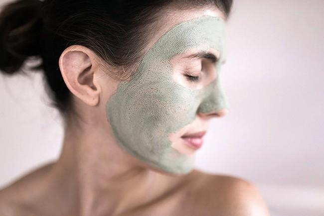 Mỹ nữ xứ Hàn bị bỏng rát mặt chỉ vì một lần đắp mặt nạ qua đêm: Lời cảnh báo thói quen làm đẹp chị em cần chấn chỉnh! - ảnh 4