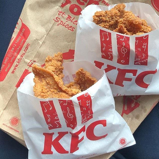 Món da gà tẩm bột chiên mở bán ở KFC Singapore khiến dân tình sôi sục, bao giờ mới đến Việt Nam đây? - Ảnh 7.