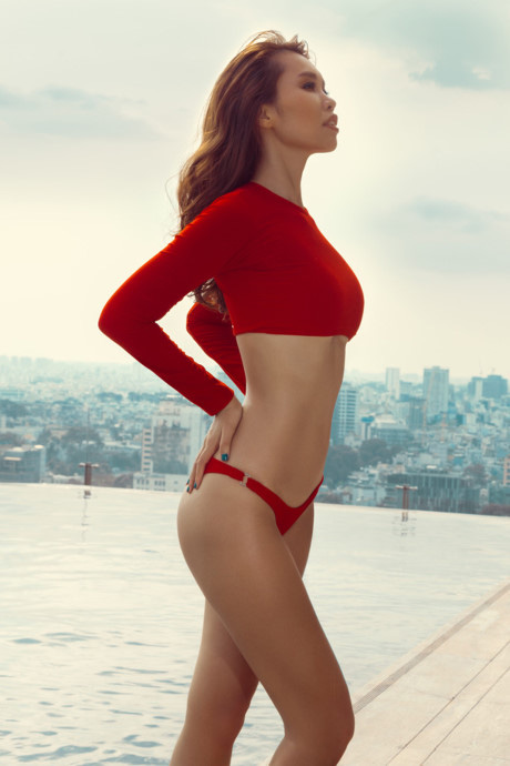 Diện váy cắt xẻ táo bạo, siêu mẫu Hà Anh lộ vùng nhạy cảm ngay trên siêu thảm đỏ hội Hà Tăng và dàn mỹ nhân Vbiz - ảnh 6