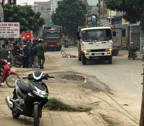Cao Bằng: Va chạm với xe tải, cụ bà 67 tuổi tử vong thương tâm - Ảnh 1.