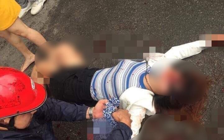 Hà Nội: Kinh hoàng nam thanh niên cầm dao truy sát 2 cô gái, 1 người bị đâm gục