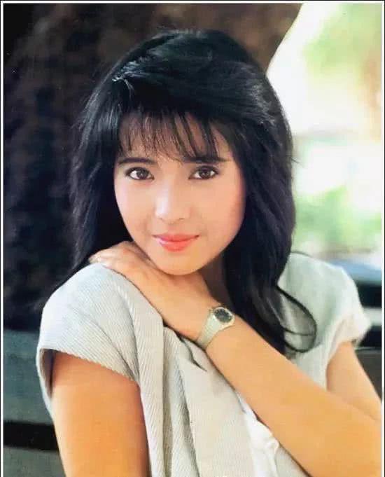 Nhan sắc kinh diễm thuở đôi mươi ngọc nữ bạc mệnh Lam Khiết Anh: Mỹ nhân đẹp nhất 5 đài truyền hình Hong Kong là đây - Ảnh 4.