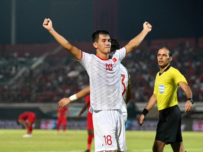 Những điều ít biết về Tiến Linh - cầu thủ chiếm trọn spotlight trận Việt Nam - UEA: Từng mặc cảm vì không biết đá bóng, bạn gái giàu có nhưng hiện đã đường ai nấy đi! - ảnh 3