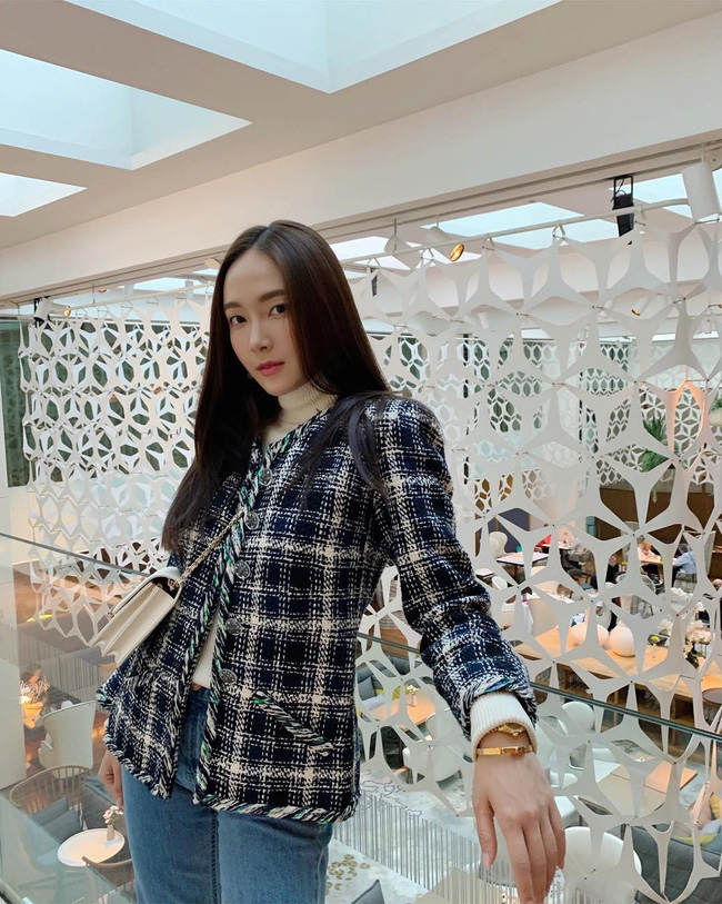 Áo khoác vải tweed: Các nàng sang chảnh nhất showbiz Việt - Hàn đều đang chết mê chết mệt, còn bạn thì sao? - ảnh 16