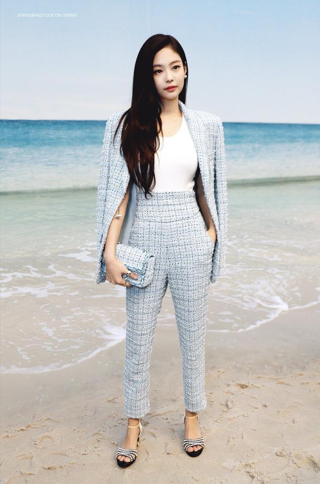 Áo khoác vải tweed: Các nàng sang chảnh nhất showbiz Việt - Hàn đều đang chết mê chết mệt, còn bạn thì sao? - ảnh 22