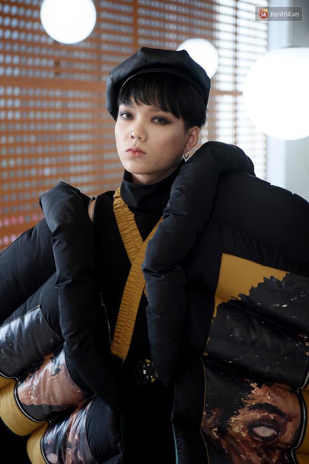 Chờ mãi không thấy Vietnam's Next Top Model quay hình, Thánh chửi Phạm Thoại sốt ruột đòi đi... bộ đội - ảnh 6