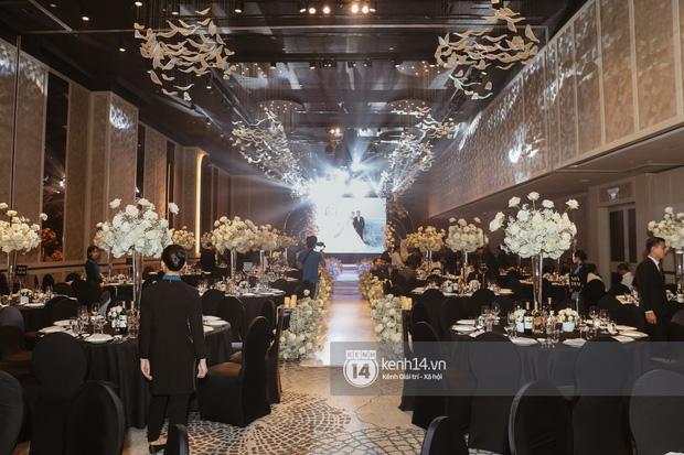 Không chỉ Bảo Thy, đám cưới Giang Hồng Ngọc cũng gây ấn tượng với thực đơn năm châu hội tụ - Ảnh 6.