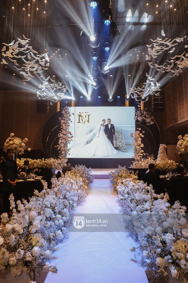 Không chỉ Bảo Thy, đám cưới Giang Hồng Ngọc cũng gây ấn tượng với thực đơn năm châu hội tụ - Ảnh 2.