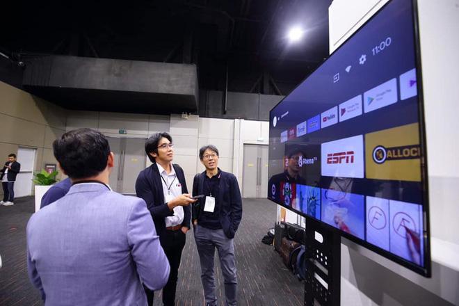 TV Vsmart lộ ảnh thực tế: 55 inch viền mỏng, chạy Android TV, làm bởi người Việt - ảnh 3