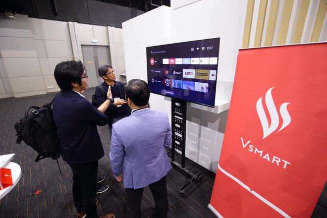 TV Vsmart lộ ảnh thực tế: 55 inch viền mỏng, chạy Android TV, làm bởi người Việt - ảnh 4