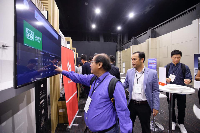 TV Vsmart lộ ảnh thực tế: 55 inch viền mỏng, chạy Android TV, làm bởi người Việt - ảnh 5