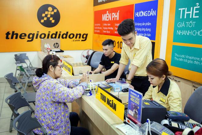 Forbes: Tại sao Việt Nam cứ cố gắng làm smartphone nhưng lại không bán được? - ảnh 1