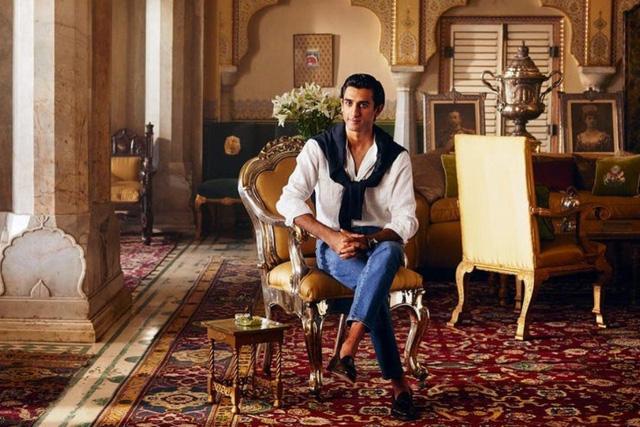 Ông chủ nhà trọ hoàng gia đầu tiên trên Airbnb: 'Rich kid' quý tộc Ấn Độ, 21 tuổi sở hữu 2,8 tỷ USD, cho thuê phòng trong cung điện giá 8.000 USD/đêm - ảnh 1